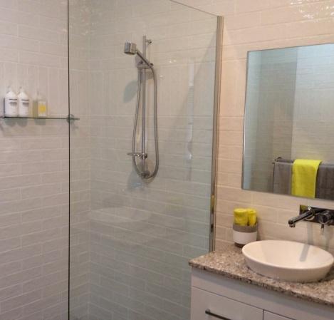Yanga Bathroom